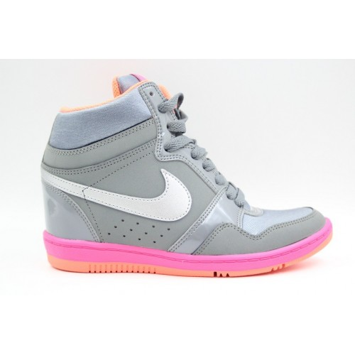Ghete sport femei Nike Force Sky High